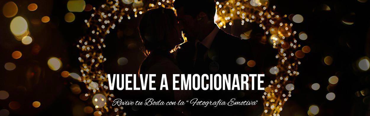 Fotógrafo de bodas en Málaga, fotografía emotiva de boda para revivir tus emociones