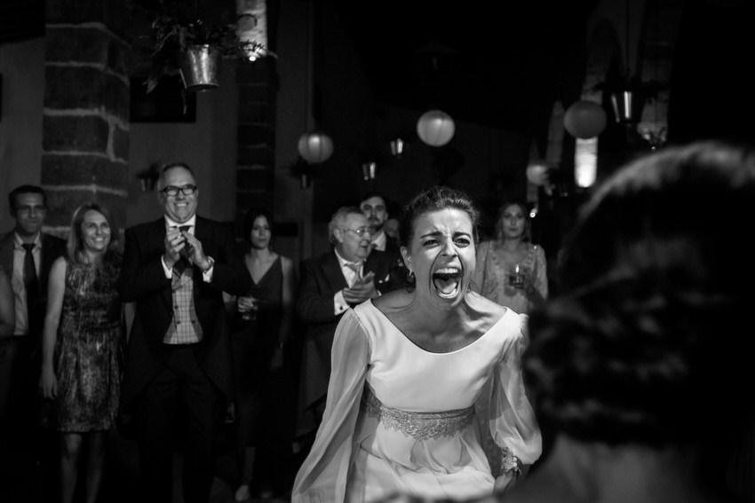 momento divertido de la novia